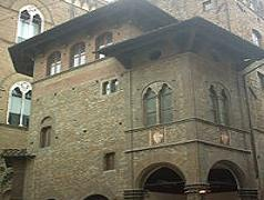 Arte della Lana Palace